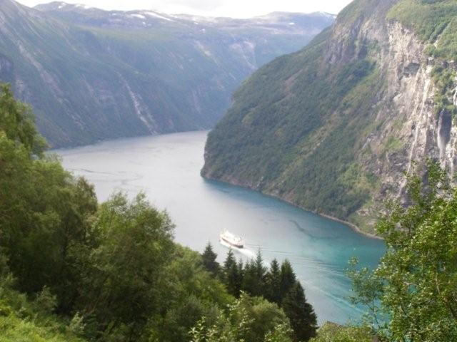 Noruega fiordosJosantrek senderismo (1)
