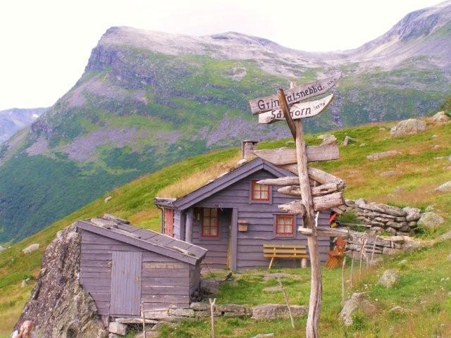 Noruega fiordosJosantrek senderismo (39)