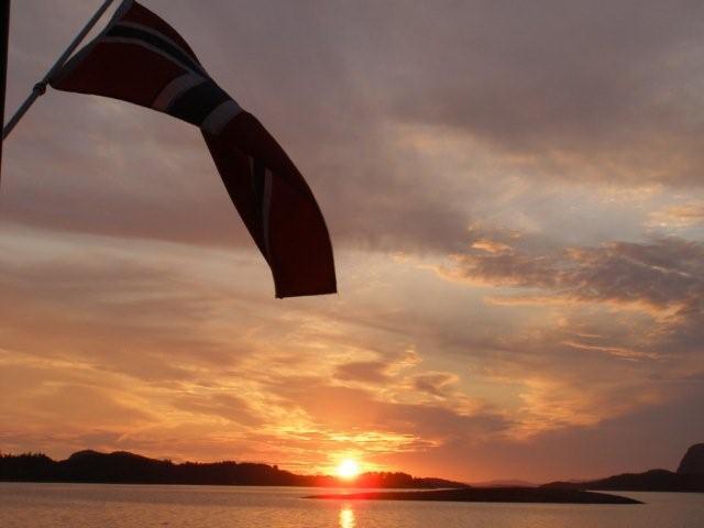 Noruega fiordosJosantrek senderismo (4)